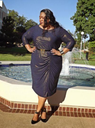 As mulheres gordinhas podem usar e abusar da moda com cintos (Foto: Divulgação)
