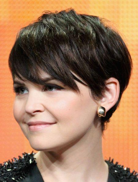 Corte de cabelo curto para gordinhas é ótima opção para os dias mais quentes do verão (Foto: celebritybase.info)
