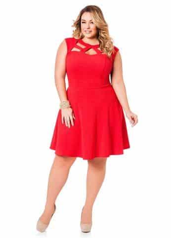 Vestido de renda vermelho para gordas