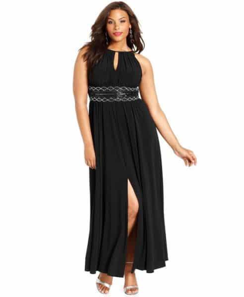 Vestidos longos com fenda para gordinhas atualizam o visual das plus size (Foto: pinterest.com)