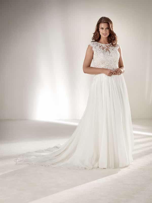vestido plus size de noiva renda