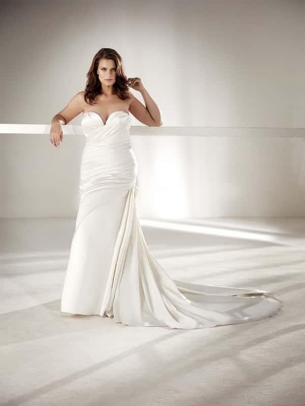 vestido plus size de noiva chique