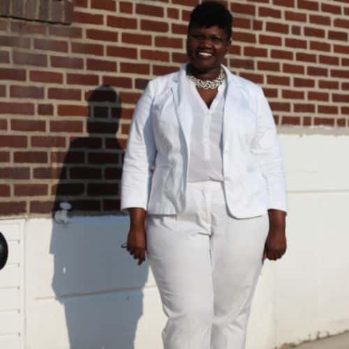 cfe8e393b Como uma Gordinha Deve Usar Calça Branca