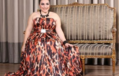 moda plus size elegantes