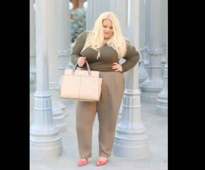 look plus size simples