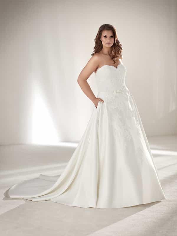 vestido plus size de noiva com bolso
