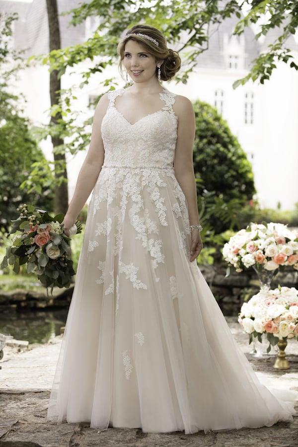 vestido plus size de noiva trnasparente