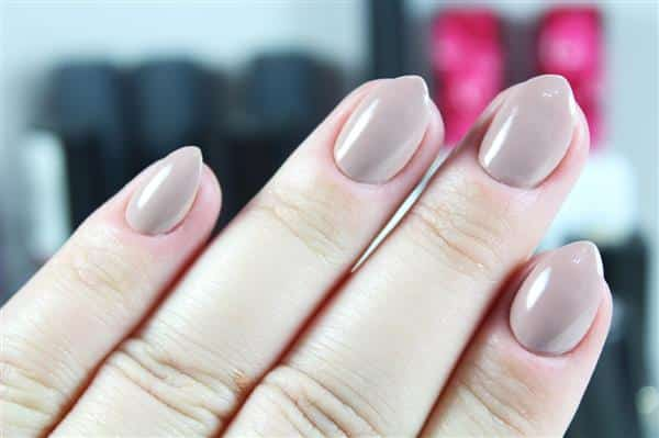 dedos gordinhos com stiletto