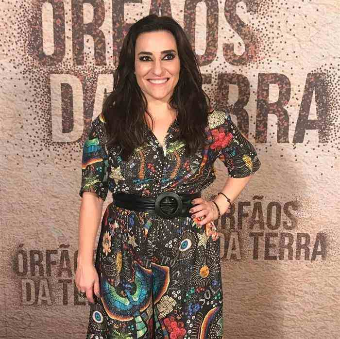 Simone Guitierrez modelo